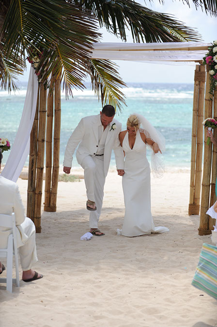 Jewish Rituals at Cayman Beach Wedding - image 3